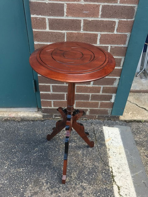 Delicieux Restored Victorian Candlestick Table